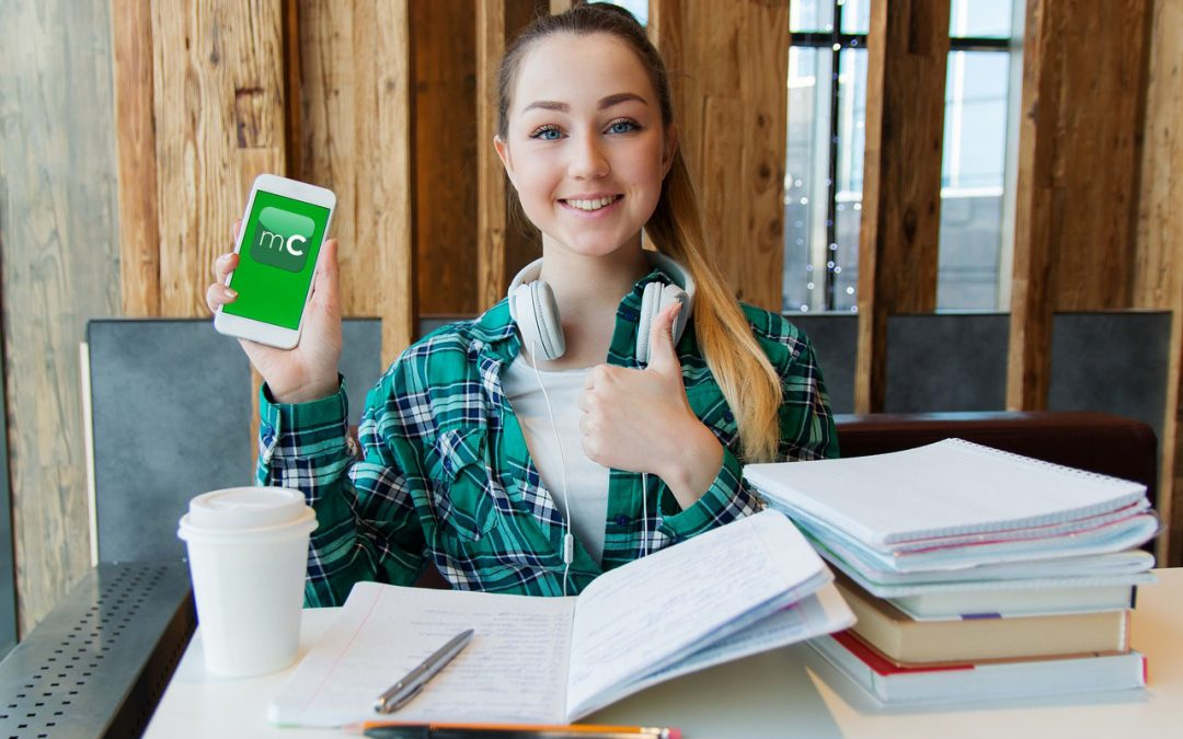 Desarrollan una aplicación para facilitar la comunicación entre colegios y familias